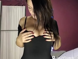 Brunette demonstrates her perfect body - onLIVEgirls.com/Jesicca