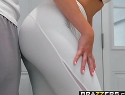 Real Wife Stories - His Wife Squats (On My Dick) scene starring Jaclyn Taylor &amp_ Keiran Lee