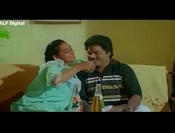 Hot Aunty bath scene from Naya Kamasutra (new)